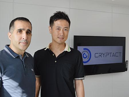 アズムデ アミン氏(左)と斎藤 岳氏